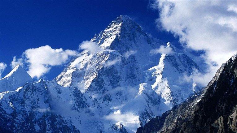 У Гімалаях внаслідок сходження льодовика загинуло близько 150 людей
