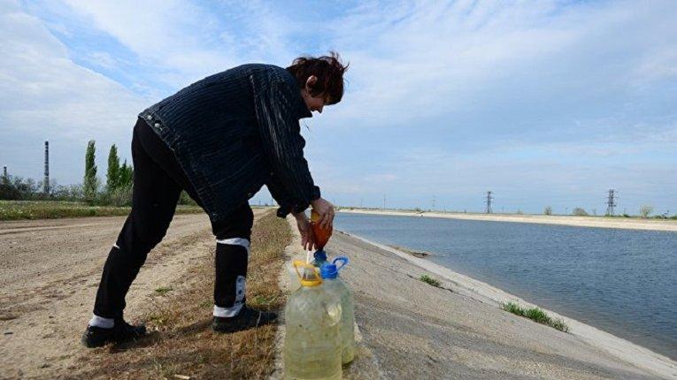 Животіючий Крим: вода за графіком, їжа по картках