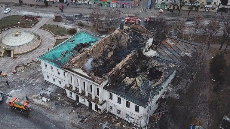 У Полтаві цілодобово охоронятимуть згарище кінотеатру Котляревського