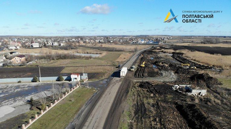 Відновилося будівництво дороги в обхід Решетилівки