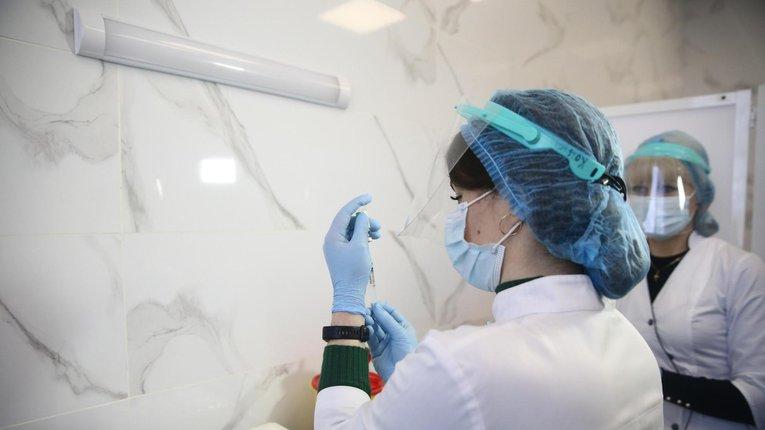 Дві мобільні бригади розпочали вакцинацію в Кременчуці