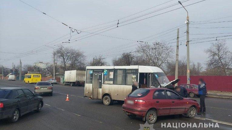 Легковик протаранив маршрутку з пасажирами в Полтаві