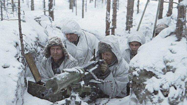 Кулеметний загін Фінляндської армії неподалік селища Леметті за 100 метрів від ворога (21 лютого 1940 року)