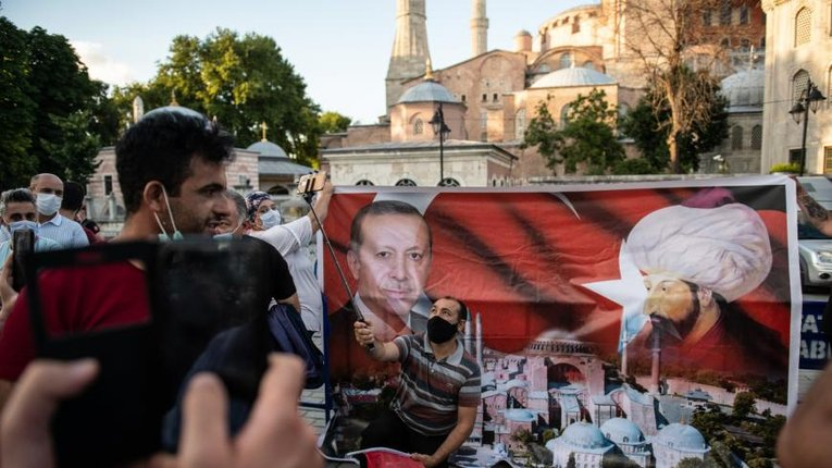 Уряд Ердогана порушує конституційне право турків на свободу слова, — рішення суду