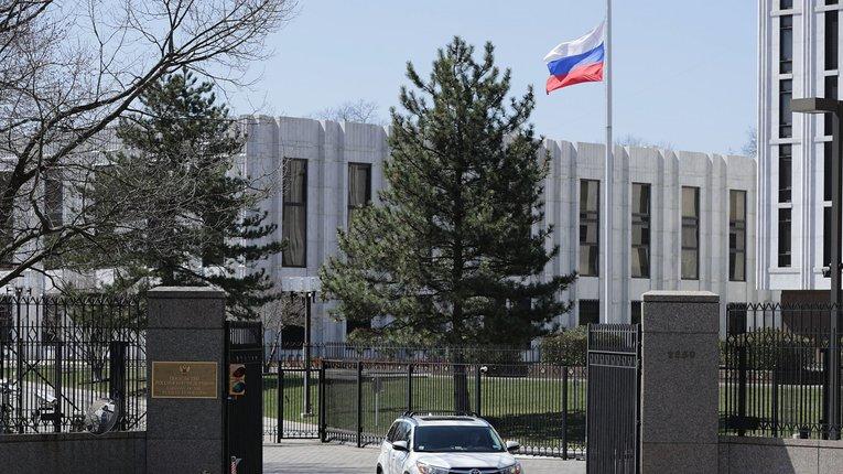 Кремль готується до війни зі США, а не з Україною, – директор Московського центру Карнеґі
