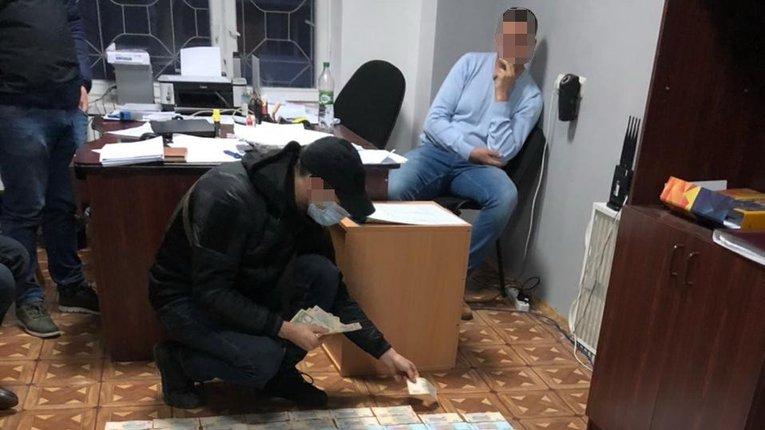 СБУ викрила кіберполіцейських Авакова на вимаганні 150 тисяч гривень хабаря