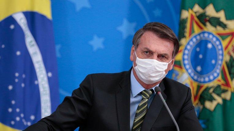 COVID-19 як причина для імпічменту президента Бразилії