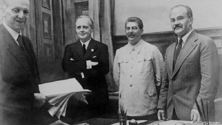 Так Німеччина і СССР діли Європу