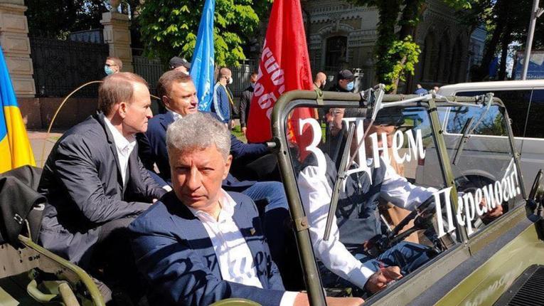 Антиутопія на тему як Штірліц-Медведчук перемогу святкував