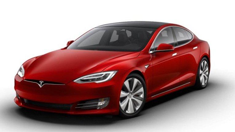 Ілон Маск анонсував випуск найшвидшого електрокара у світі