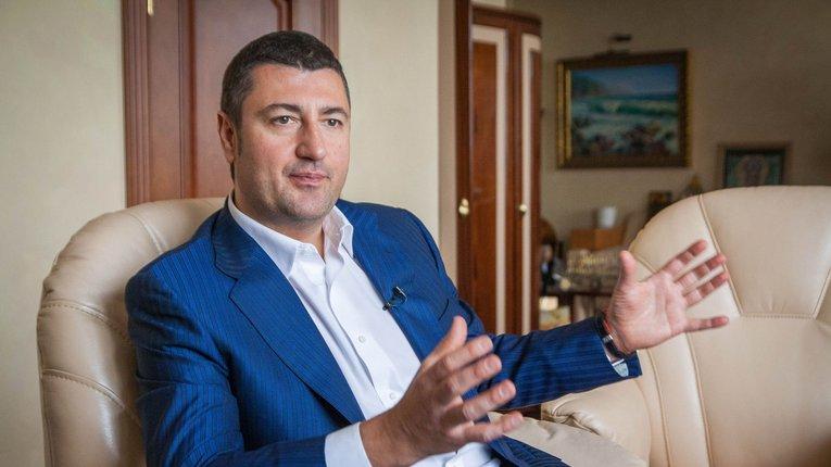 Олігарх Бахматюк пропонує Зе-владі відмовитися від співпраці з МВФ