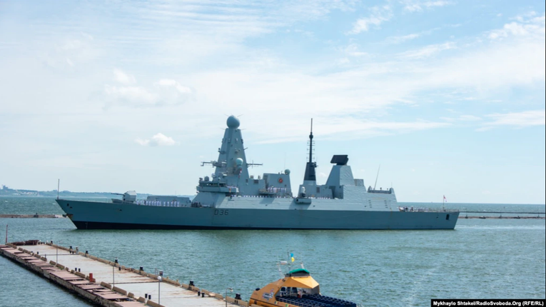 У порт Одеси зайшли два кораблі країн НАТО