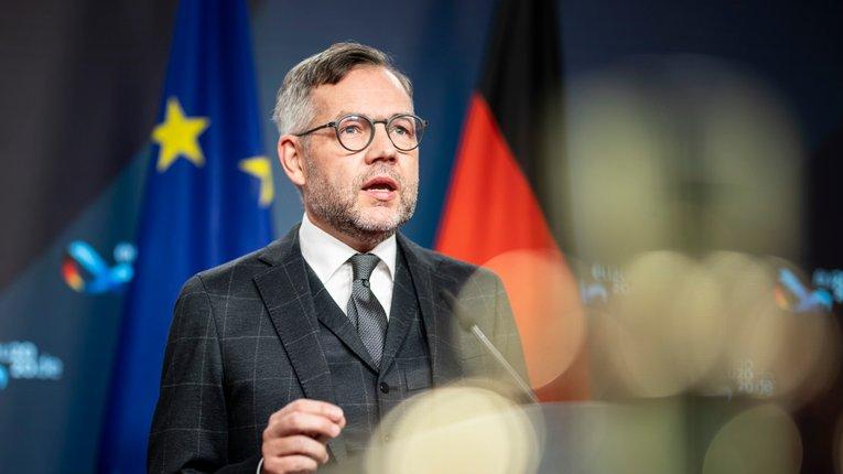 Німецький міністр з європейських питань М. Рот