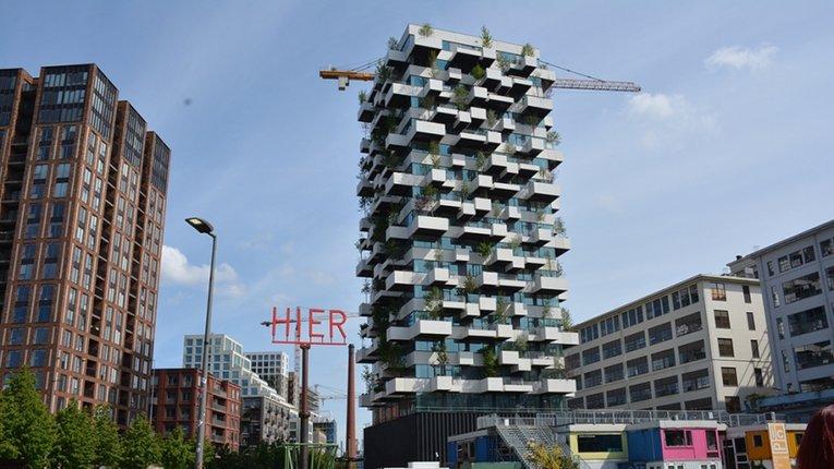 Унікальний вертикальний ліс створили в Нідерландах