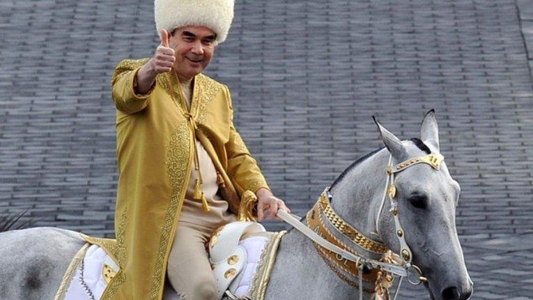 Мешканці Туркменістану попри закриті кордони тікають із країни хто куди