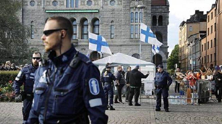 У Фінляндії незаконно звільнили правоохоронця, нібито за зв'язки з «Азовом»