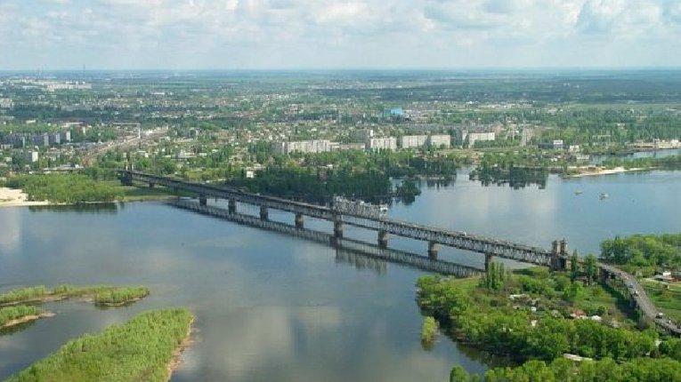 У Кременчуці знову обмежують рух на Крюківському мосту