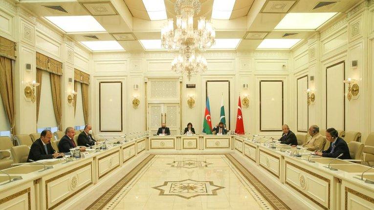 Пакистан готовий приєднатися до майбутньої об'єднаної турецько-азербайджанської армії