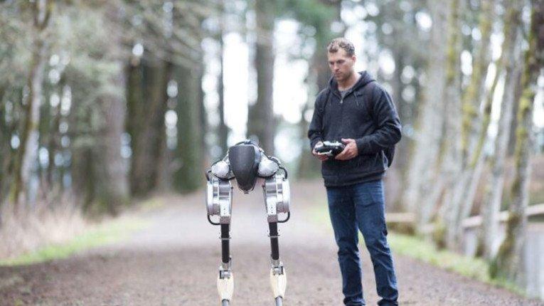 Робот пробіг без зупинки 5 кілометрів