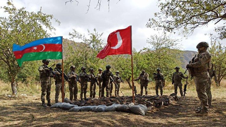 Спільні азербайджансько-турецькі маневри розпочато уКарабасі