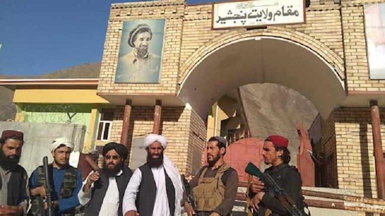 «Талібан» оволодів мавзолеєм Панджшерського лева