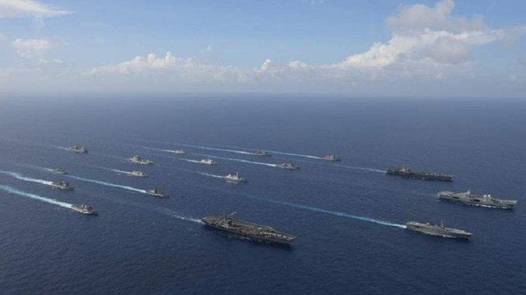Британський авіаносець погрожує КНР з територіальних вод Тайваню